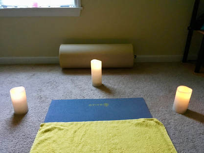 Yin yoga candles bolster